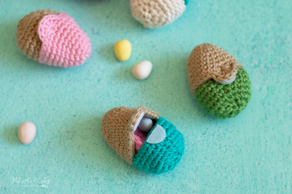 cute crochet eggs you can fill with candy for easter fillable crochet Easter egg