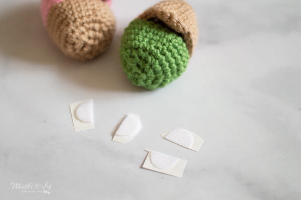 crochet Easter egg with velcro