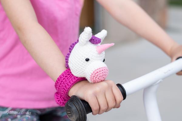 crochet unicorn bracelet free crochet pattern crochet slap bracelet