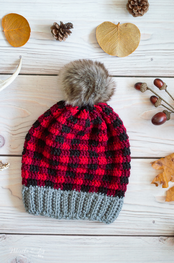 red and black buffalo plaid fall hat winter hat free crochet pattern crochet plaid hat pattern