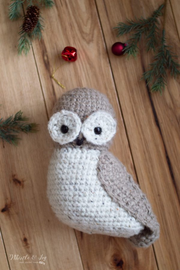 cute rustic crochet owl tree topper Harry Potter Christmas ideas crochet pattern