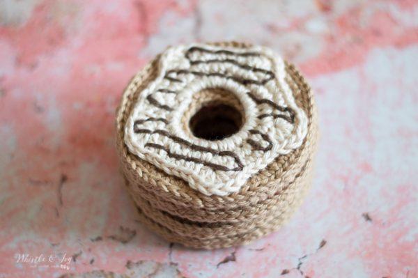 cute crochet doughnut crochet donut crochet pattern frosting icing drizzle